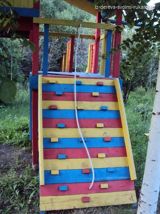 Детская площадка дома своими руками из подручных материалов