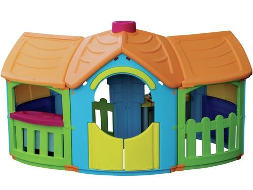 Пластиковый домик с пристройками