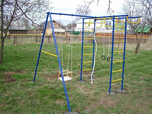 Детская площадка для дачи из металла Лидер (Россия)