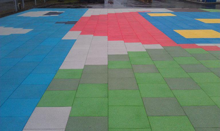 Резиновая плитка в Рязани для детской площадки